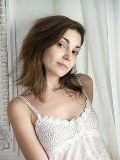 Худая девушка с плоскими сиськами - фото